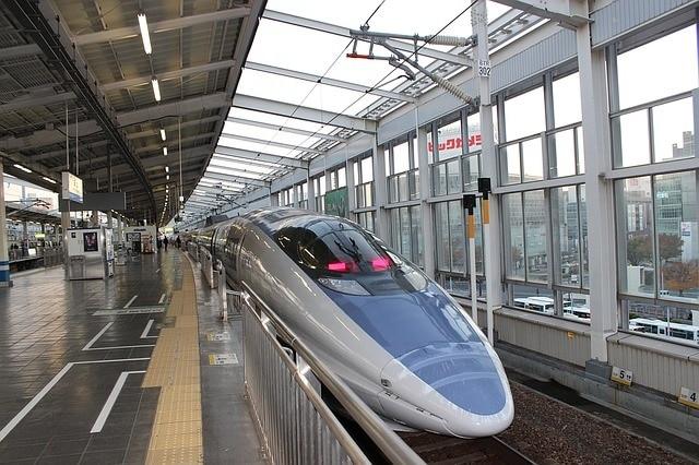 子連れの新幹線は自由席と指定席どちらが良い?指定席を取った方が良い時期