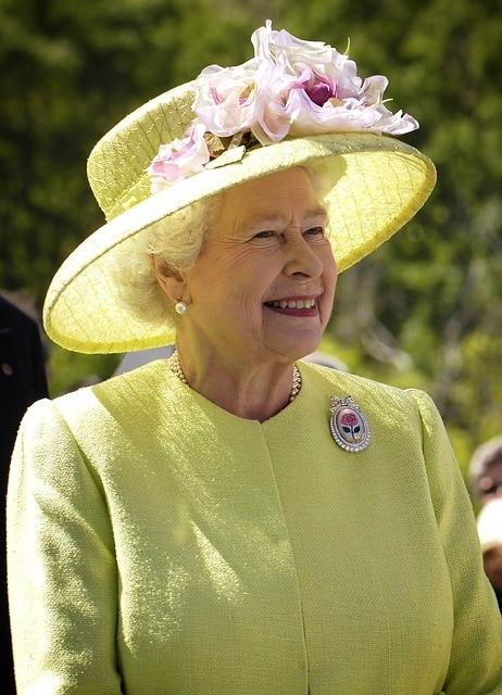 エリザベス女王や英国ロイヤルファミリーが絶対に使わない英単語6選
