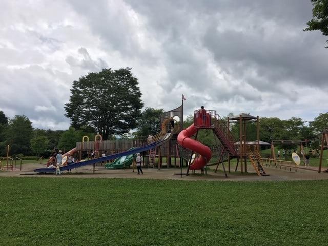 【軽井沢】ツルヤ隣の湯川ふるさと公園は子供の大好きスポット!