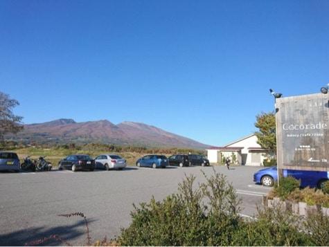 軽井沢近郊のパン屋ココラデならコーヒーは無料で浅間山は絶景だしおススメ☆