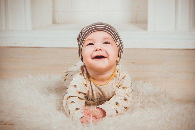 キッズラインのベビーシッターを安く使う 赤ちゃんの写真