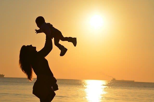 女性のキャリア USCPA 年収1000 万円 結婚妊娠出産子育の影響
